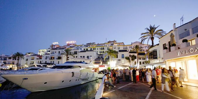 camille bavardePuerto-Banus-Marbella-1.jpg